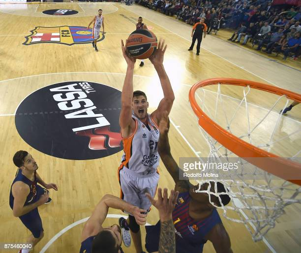Tibor Pleiss #21 of Valencia Basket in action during the 2017/2018 Turkish Airlines EuroLeague Regular Season Round 8 game between FC Barcelona Lassa...