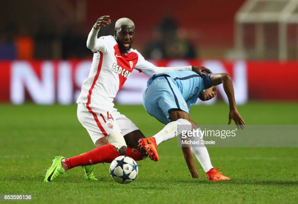 Tiemoue Bakayoko of AS Monaco battles with Fernandinho of Manchester City during the UEFA Champions League Round of 16 second leg match between AS...