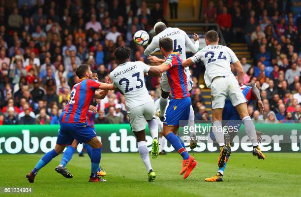 Tiemoue Bakayoko of Chelsea scores his sides first goal during the Premier League match between Crystal Palace and Chelsea at Selhurst Park on...