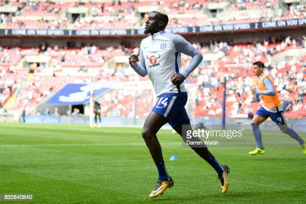 Tiemoue Bakayoko of Chelsea warms up prior to the Premier League match between Tottenham Hotspur and Chelsea at Wembley Stadium on August 20 2017 in...