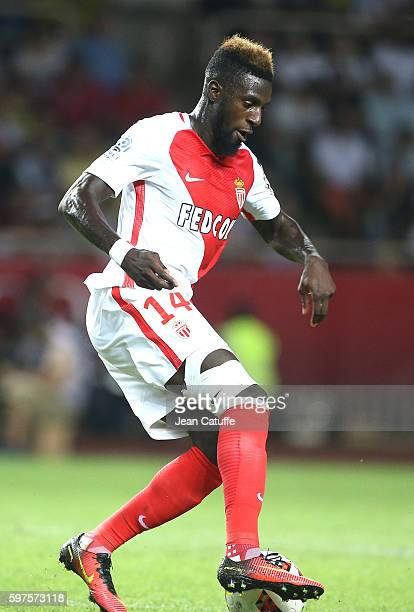 Tiemoue Bakayoko of Monaco in action during the French Ligue 1 match between AS Monaco and Paris SaintGermain at Stade Louis II on August 28 2016 in...