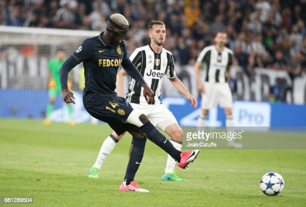 Tiemoue Bakayoko of Monaco Miralem Pjanic of Juventus during the UEFA Champions League semi final second leg match between Juventus Turin and AS...