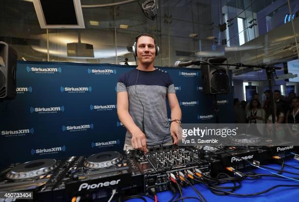 Tiesto Performs On SiriusXM's 'Electric Aquarium' Series On Tiesto's Club Life Radio on June 16 2014 in New York City