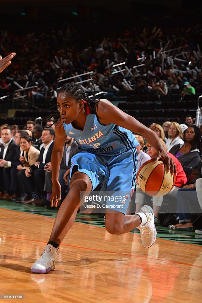 <a gi-track='captionPersonalityLinkClicked' href=/galleries/search?phrase=Tiffany+Hayes&family=editorial&specificpeople=5088954 ng-click='$event.stopPropagation()'>Tiffany Hayes</a> #15 of the Atlanta Dream handles the ball against the New York Liberty on May 24, 2016 at Madison Square Garden in New York City, New York.