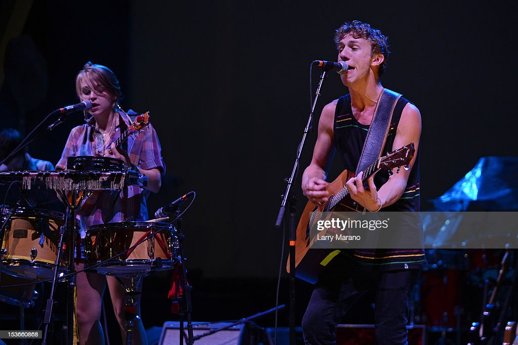 Tiffany Lamson and Taylor Guarisco of Givers perform at Bayfront Park Amphitheater on October 7, 2012 in Miami, Florida.