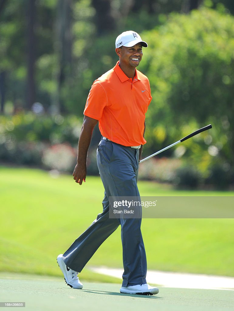 Tiger Woods approaches the eighth hole during the first round of THE PLAYERS Championship on THE PLAYERS Stadium Course at TPC Sawgrass on May 9, 2013 in Ponte Vedra Beach, Florida.