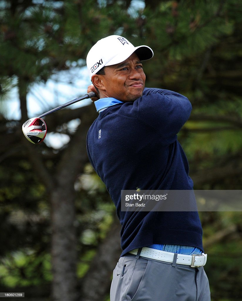 Tiger Woods hits a drive on the fourth hole during the second round of the BMW Championship at Conway Farms Golf Club on September 13, 2013 in Lake Forest, Illinois.