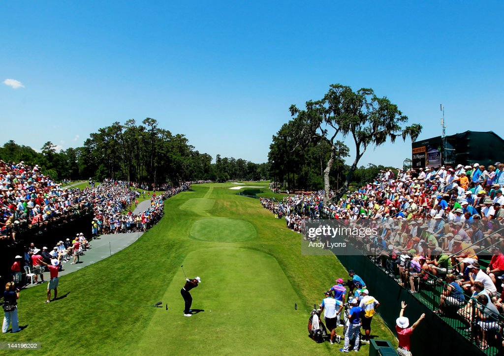 <a gi-track='captionPersonalityLinkClicked' href=/galleries/search?phrase=Tiger+Woods&family=editorial&specificpeople=157537 ng-click='$event.stopPropagation()'>Tiger Woods</a> of the United States hits his tee shot on the first hole in front of a gallery of patrons during the second round of THE PLAYERS Championship held at THE PLAYERS Stadium course at TPC Sawgrass on May 11, 2012 in Ponte Vedra Beach, Florida.
