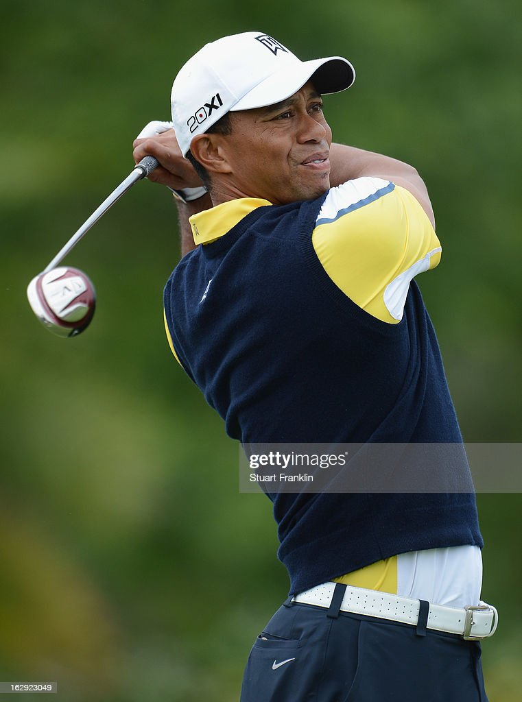 Tiger Woods of USA plays a shot on the eighth hole during the second round of the Honda Classic on March 1, 2013 in Palm Beach Gardens, Florida.