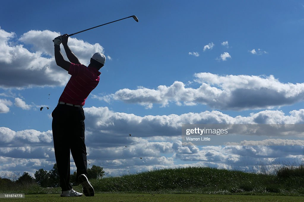 <a gi-track='captionPersonalityLinkClicked' href=/galleries/search?phrase=Tiger+Woods&family=editorial&specificpeople=157537 ng-click='$event.stopPropagation()'>Tiger Woods</a> watches his tee shot on the tenth hole during the third round of the BMW Championship at Crooked Stick Golf Club on September 8, 2012 in Carmel, Indiana.