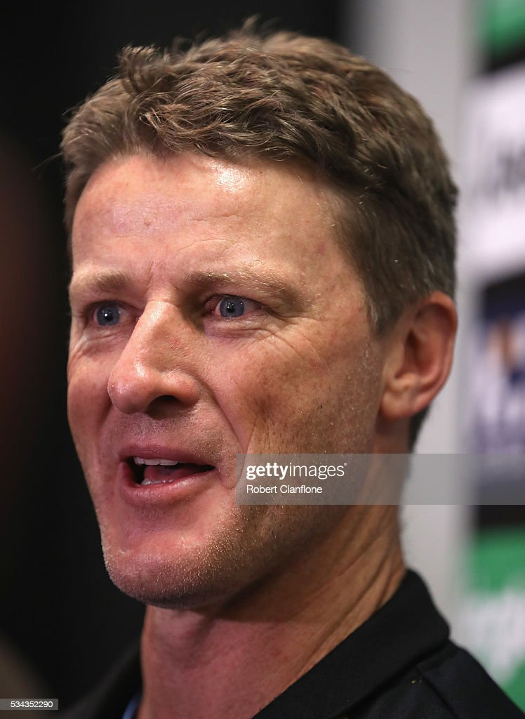 Tigers coach <a gi-track='captionPersonalityLinkClicked' href=/galleries/search?phrase=Damien+Hardwick&family=editorial&specificpeople=162730 ng-click='$event.stopPropagation()'>Damien Hardwick</a> speaks to the media prior to a Richmond Tigers AFL training session at ME Bank Centre on May 26, 2016 in Melbourne, Australia.