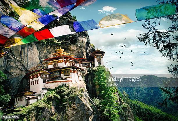 Kloster in der Tigerhöhle in Bhutan