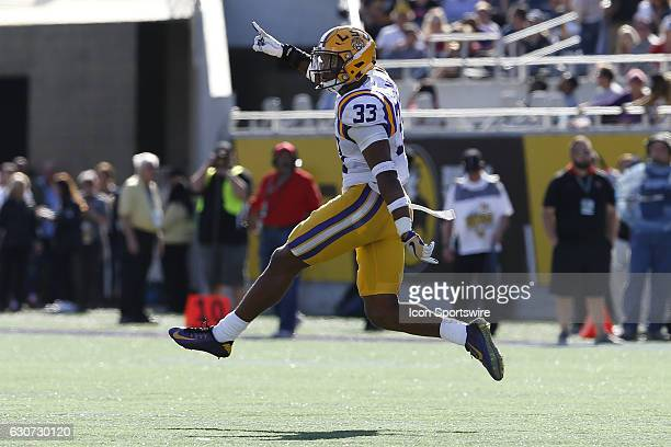 Tigers safety Jamal Adams celebrates in the 4th quarter of the 2016 Buffalo Wild Wings Citrus Bowl between the LSU Tigers and Louisville Cardinals on...