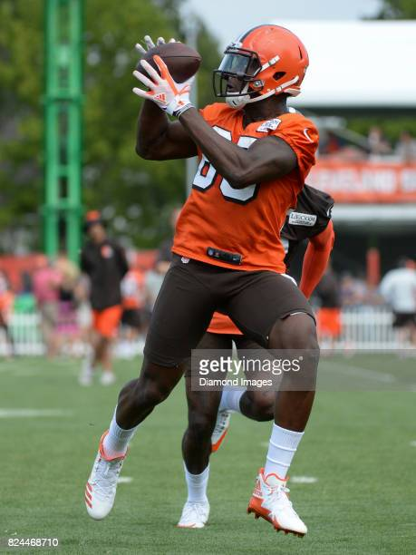 Tight end David Njoku of the Cleveland Browns catches a pass during a training camp practice on July 28 2017 at the Cleveland Browns training...