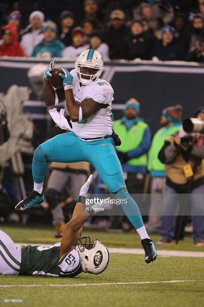 Miami Dolphins v New York Jets