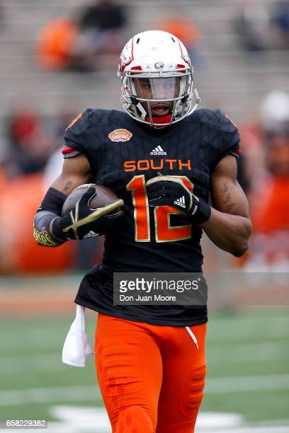 Tight End Gerald Everett from South Alabama of the South Team during the 2017 Resse's Senior Bowl at LaddPeebles Stadium on January 28 2017 in Mobile...