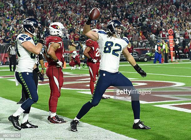 Tight end Luke Willson of the Seattle Seahawks celebrates after scoring a touchdown in the fourth quarter against the Arizona Cardinals at University...