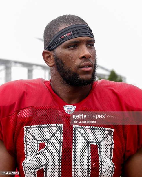 Tight End OJ Howard of the Tampa Bay Buccaneers takes a break during Training Camp at One Buc Place on July 30 2017 in Tampa Florida