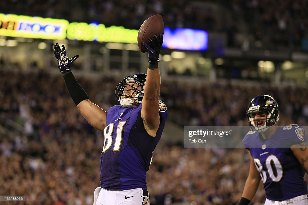Tight end Owen Daniels of the Baltimore Ravens celebrates his touchdown during 3rd quarter against the Pittsburgh Steelers at MT Bank Stadium on...