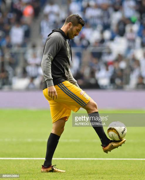Tigres French player Andre Pierre Gignac warms up before the start of their final Mexican Apertura 2017 tournament football match against Monterrey...
