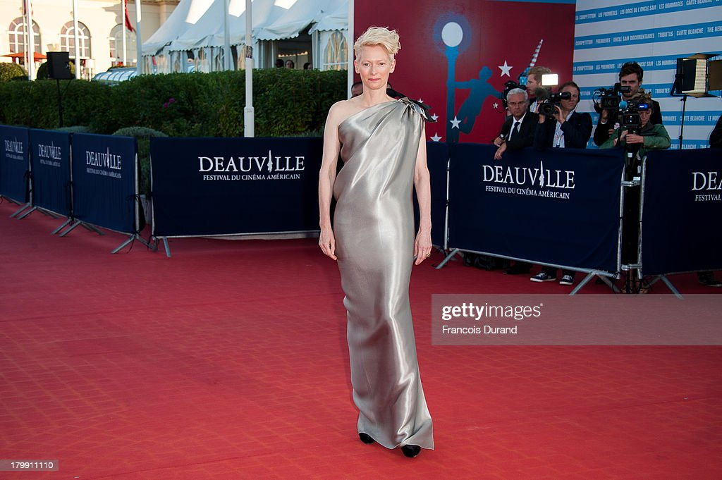 <a gi-track='captionPersonalityLinkClicked' href=/galleries/search?phrase=Tilda+Swinton&family=editorial&specificpeople=202991 ng-click='$event.stopPropagation()'>Tilda Swinton</a> arrives at the 'Snowpierce' Premiere and closing ceremony of the 39th Deauville American Film Festival on September 7, 2013 in Deauville, France.