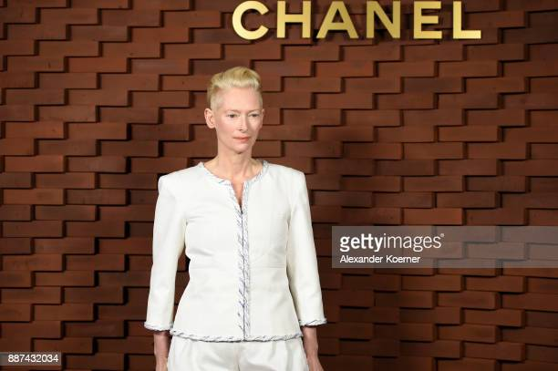 Tilda Swinton arrives for the Chanel Collection Metiers d'Art Paris Hamburg 2017/18 at The Elbphilharmonie on December 6 2017 in Hamburg Germany