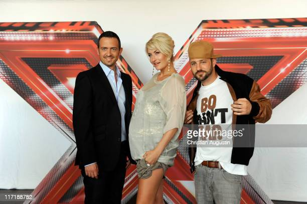 Till Broenner Sarah Connor and Mirko Bogojevic attend 'XFactor' Photocall at 'Altes Zollamt' on June 24 2011 in Hamburg Germany