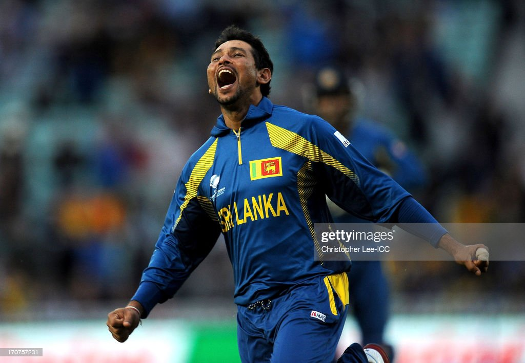 <a gi-track='captionPersonalityLinkClicked' href=/galleries/search?phrase=Tillakaratne+Dilshan&family=editorial&specificpeople=239186 ng-click='$event.stopPropagation()'>Tillakaratne Dilshan</a> of Sri Lanka celebrates taking the final wicket of Clint McKay of Australia and winning the match during the ICC Champions Trophy Group A match between Sri Lanka and Australia at The Oval on June 17, 2013 in London, England.
