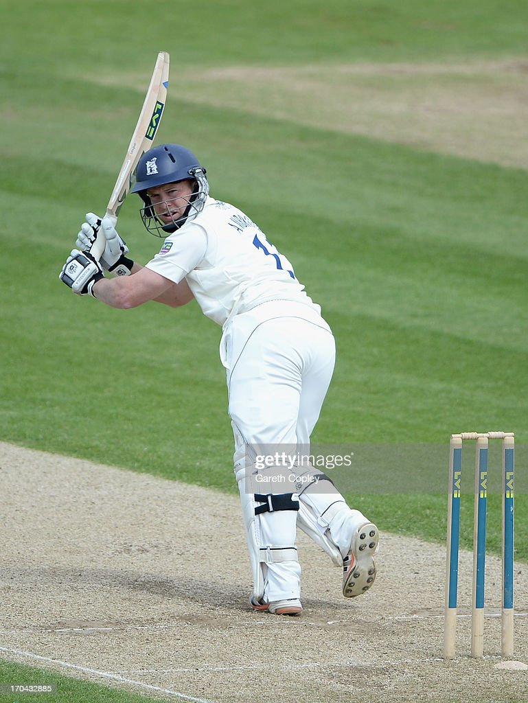 <a gi-track='captionPersonalityLinkClicked' href=/galleries/search?phrase=Tim+Ambrose&family=editorial&specificpeople=757624 ng-click='$event.stopPropagation()'>Tim Ambrose</a> of Warwickshire bats during day two of the LV County Championship Division One match between Durham and Warwickshire at The Riverside on June 13, 2013 in Chester-le-Street, England.