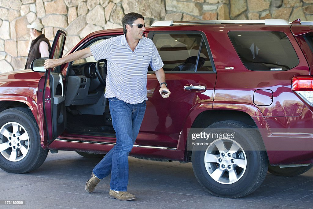 Tim Armstrong, chief executive officer of AOL Inc., arrives at the Allen & Co. Media and Technology Conference in Sun Valley, Idaho, U.S., on Tuesday, July 9, 2013. Media dealmakers digesting $53 billion of mergers, spinoffs and acquisitions announced so far this year, head to Allen & Co.s Sun Valley conference this week to lay the groundwork for more. Photographer: Daniel Acker/Bloomberg via Getty Images