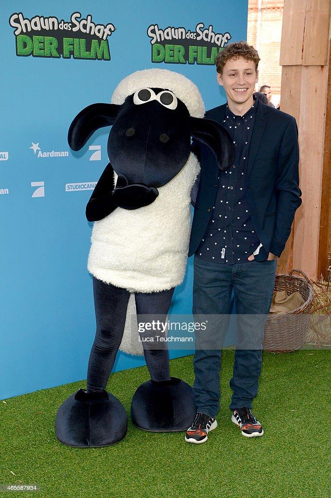 Tim Bendzko attends 'Shaun das Schaf Der Film' Berlin Premiere at Kino in der Kulturbrauerei on March 8 2015 in Berlin Germany