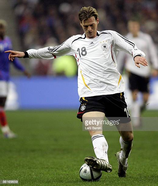 Tim Borowski of Germany runs with the ball during the international friendly match between France and Germany at the Stade de France on November 12...