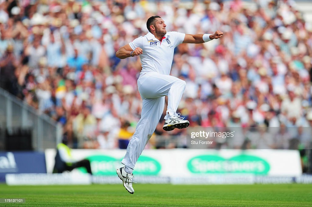 <a gi-track='captionPersonalityLinkClicked' href=/galleries/search?phrase=Tim+Bresnan&family=editorial&specificpeople=571509 ng-click='$event.stopPropagation()'>Tim Bresnan</a> of England celebrates the wicket of Shane Watson of Australia during day one of the 3rd Investec Ashes Test match between England and Australia at Old Trafford Cricket Ground on August 1, 2013 in Manchester, England.