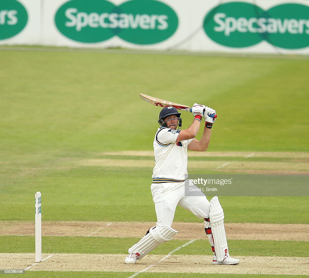<a gi-track='captionPersonalityLinkClicked' href=/galleries/search?phrase=Tim+Bresnan&family=editorial&specificpeople=571509 ng-click='$event.stopPropagation()'>Tim Bresnan</a> of Yorkshire bats during day one of the Specsavers County Championship: Division One match between Yorkshire and Lancashire at Headingley on May 29, 2016 in Leeds, England.