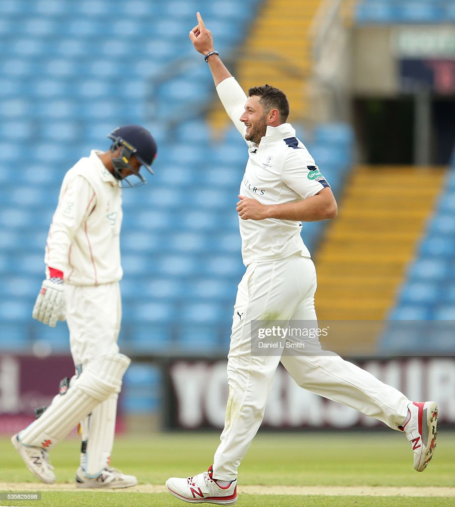 <a gi-track='captionPersonalityLinkClicked' href=/galleries/search?phrase=Tim+Bresnan&family=editorial&specificpeople=571509 ng-click='$event.stopPropagation()'>Tim Bresnan</a> of Yorkshire celebrates as Haseeb Hameed of Lancashire walks off the pitch during day two of the Specsavers County Championship: Division One match between Yorkshire and Lancashire at Headingley on May 30, 2016 in Leeds, England.