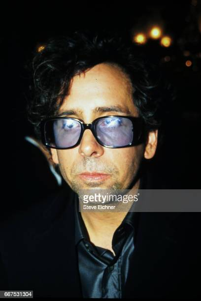 Tim Burton at premiere of Planet of the Apes New York New York July 23 2001