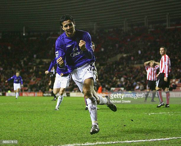 Tim Cahill of Everton celebrates his last minute winning goal during the Barclays Premiership match between Sunderland and Everton on December 31...