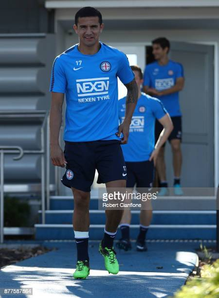 Tim Cahill of the City arrives for a Melbourne City ALeague training session at City Football Academy on November 23 2017 in Melbourne Australia