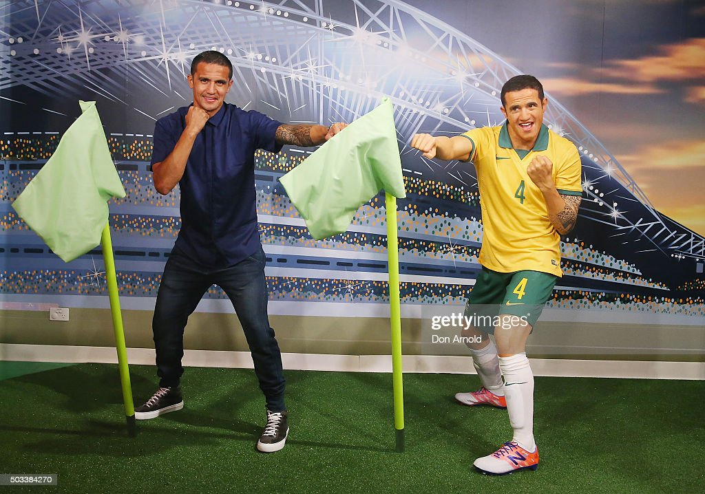 Tim Cahill poses with his wax figure at Madame Tussauds Sydney on January 5, 2016 in Sydney, Australia.