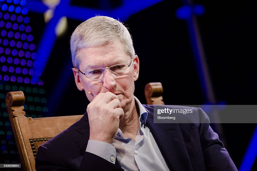 <a gi-track='captionPersonalityLinkClicked' href=/galleries/search?phrase=Tim+Cook+-+Direttore+generale&family=editorial&specificpeople=8084206 ng-click='$event.stopPropagation()'>Tim Cook</a>, chief executive officer of Apple Inc., pauses during the opening of 'Startup Fest', a five-day conference to showcase Dutch innovation, in Amsterdam, Netherlands, on Tuesday, May 24, 2016. The Digital City Index for 2015 ranked Amsterdam Europe's second-best city, behind London, for tech startups. Photographer: Marlene Awaad/Bloomberg via Getty Images