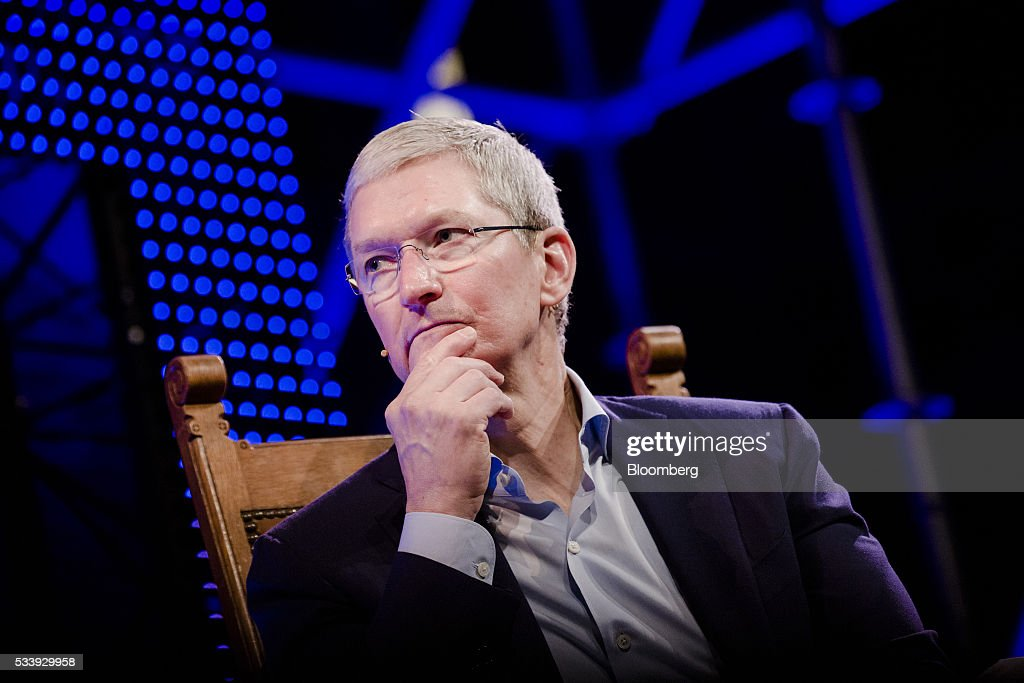 <a gi-track='captionPersonalityLinkClicked' href=/galleries/search?phrase=Tim+Cook+-+F%C3%B6retagsledare&family=editorial&specificpeople=8084206 ng-click='$event.stopPropagation()'>Tim Cook</a>, chief executive officer of Apple Inc., pauses during the opening of 'Startup Fest', a five-day conference to showcase Dutch innovation, in Amsterdam, Netherlands, on Tuesday, May 24, 2016. The Digital City Index for 2015 ranked Amsterdam Europe's second-best city, behind London, for tech startups. Photographer: Marlene Awaad/Bloomberg via Getty Images