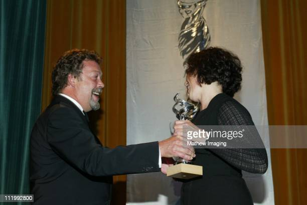 Tim Curry presents award to Wendy Chuck Excellance In FilmContermporary for About Schmidt'