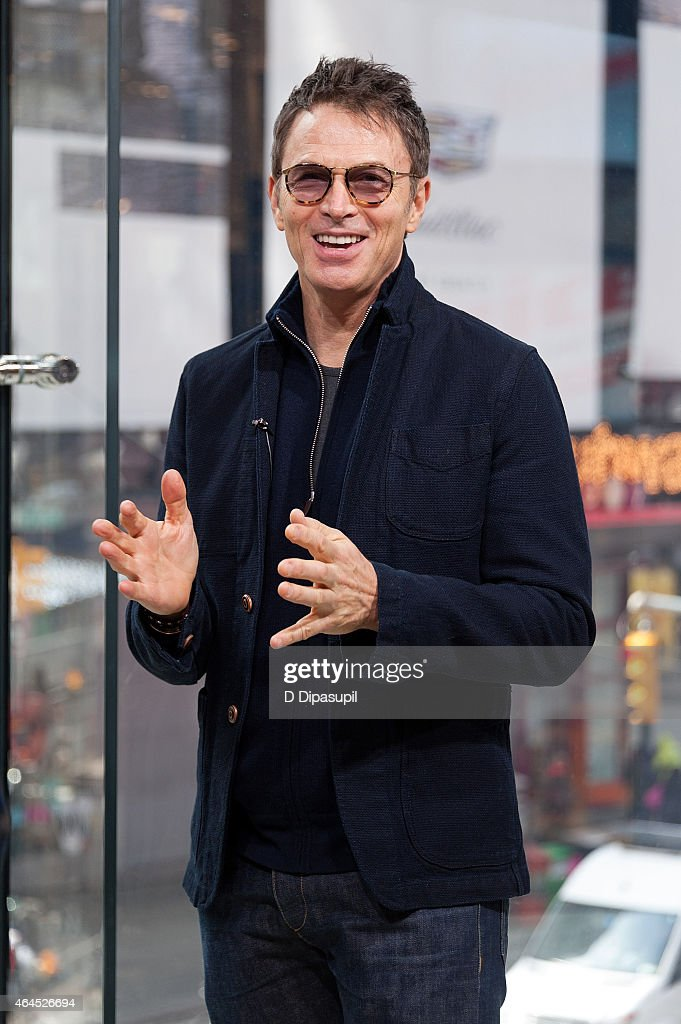 Tim Daly visits 'Extra' at their New York studios at H&M in Times Square on February 26, 2015 in New York City.