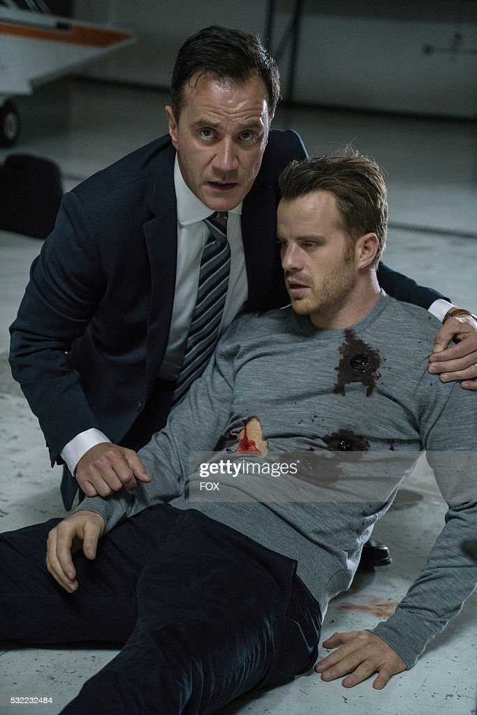 Tim DeKay and Rob Kazinsky in the 'From Darkness The Sun' episode of SECOND CHANCE airing Wednesday Jan 27 on FOX