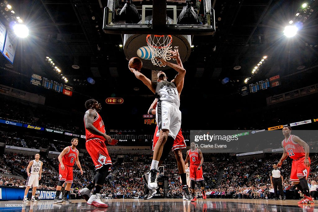 Tim Duncan #21 of the San Antonio Spurs drives to the basket against the Chicago Bulls on March 6, 2013 at the AT&T Center in San Antonio, Texas.