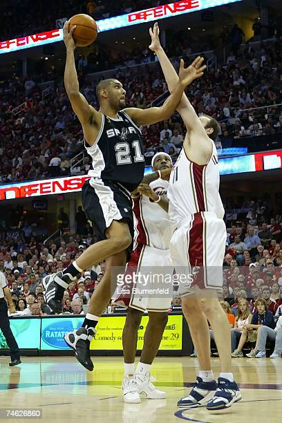 Tim Duncan of the San Antonio Spurs shoots a layup against Zydrunas Ilgauskas of the Cleveland Cavaliers in Game Four of the NBA Finals on June 14...