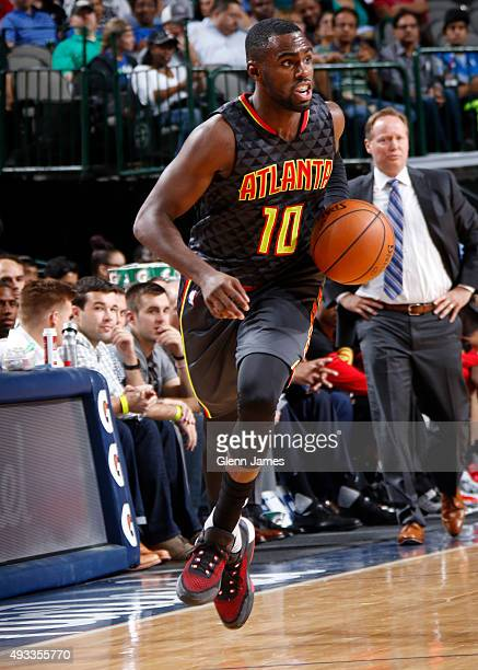 Tim Hardaway Jr #10 of the Atlanta Hawks dribbles the ball against the Dallas Mavericks during a preseason game on October 16 2015 at the American...