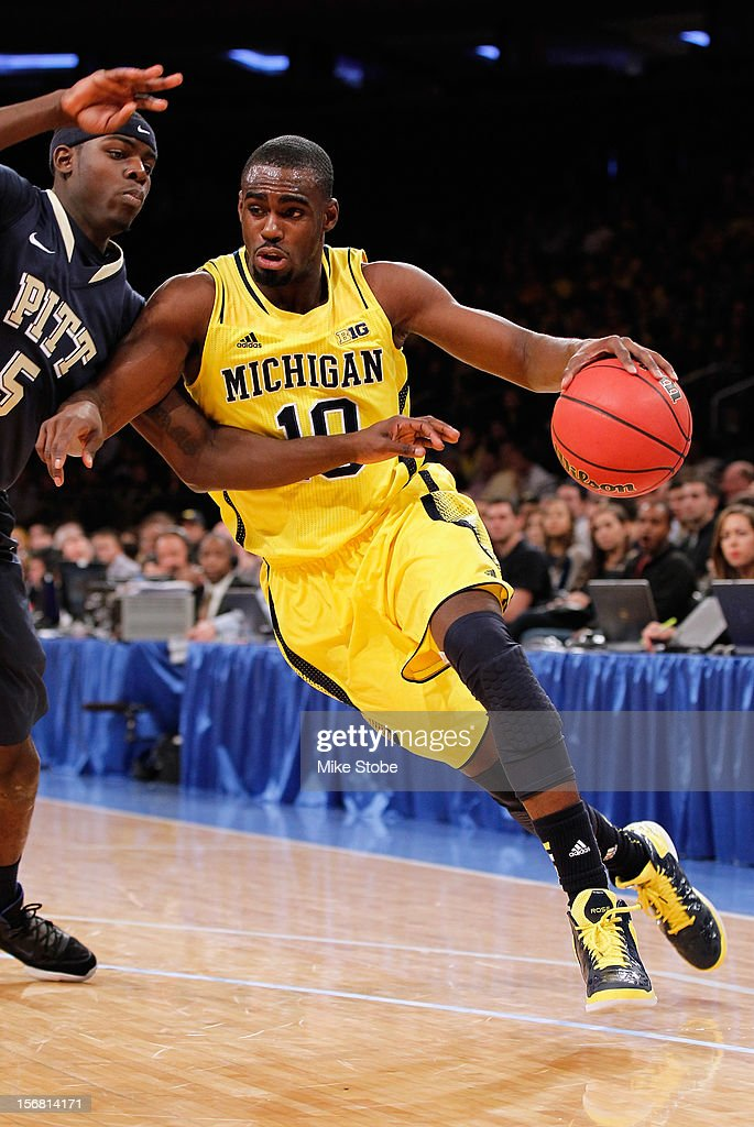 Tim Hardaway Jr. #10 of the Michigan Wolverinesdrives to the net during the game against the Pittsburgh Panthers during the NIT Season Tip-Off at Madison Square Garden on November 21, 2012 in New York City. Michigan defeated Pittsburgh 67-62.