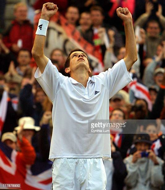 Tim Henman in his 63 57 64 63 victory over Andre Sa in the quarterfinals of the 2002 Wimbledon Tennis Championships