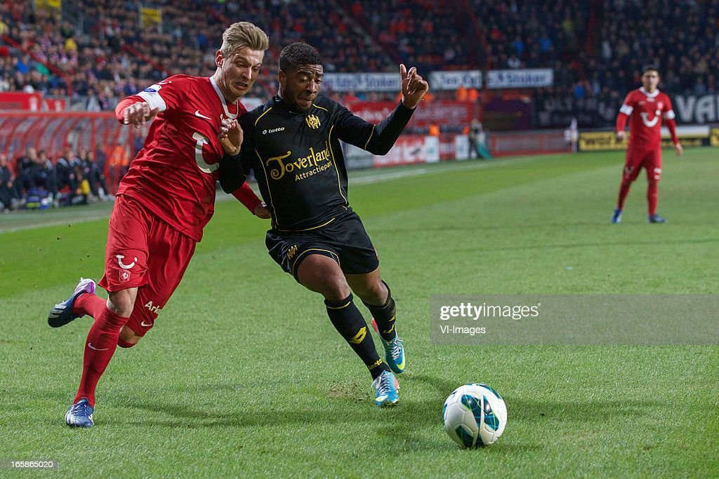 Tim Holscher of FC Twente, Roly Bonevacia of Roda JC Kerkrade during the Dutch Eredivisie match between FC Twente and Roda JC at the Grolsch stadium on April 6, 2013 in Enschede, The Netherlands